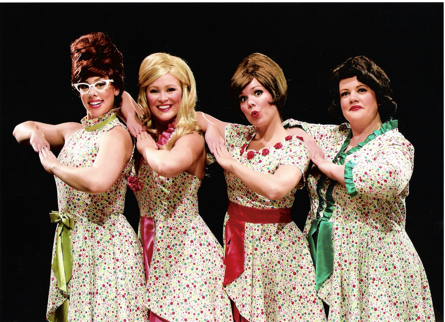 "Derby Dinner Playhouse Gets the Holidays Started with ""Winter Wonderettes"""