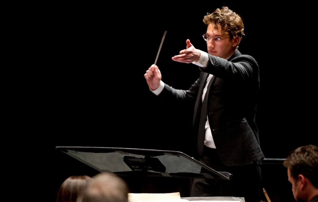 Louisville Orchestra 2015-16 Season Fulfills Promise Of New Leadership