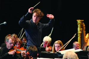 Louisville Orchestra's Teddy Abrams Renews Three-Year Contract