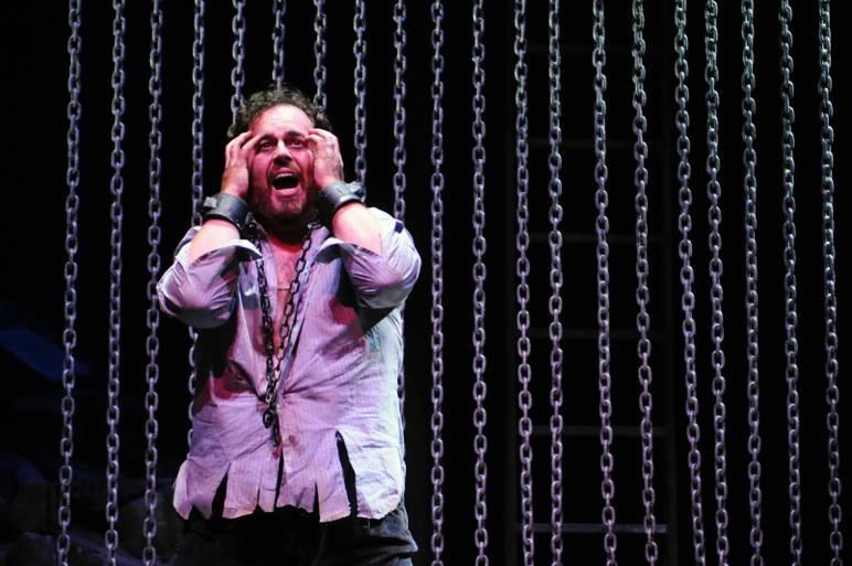 """Passionate """"Fidelio"""" Has It All"""